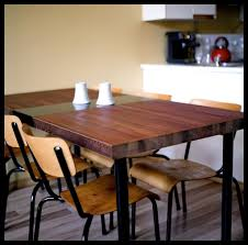 Diy Kitchen Table Dining Table Made From A Reclaimed Door 5 Steps With Pictures