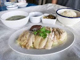 ไก่สับจานเล็ก ร้าน เจ๊หงษ์ข้าวมันไก่ เวทีมวยอ้อมน้อย - Wongnai