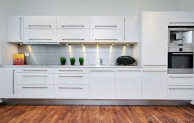 white modern kitchen. Modern Kitchen Cabinets White