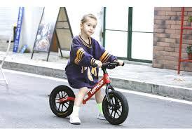Các mẫu Xe chòi chân và Xe tự cân bằng cho bé Loại Tốt Nhất 2021