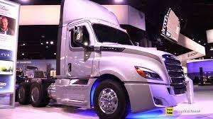 2018 Freighliner Cascadia 126 BBC Day Cab Truck - Walkaround - 2017 NACV Show Atlanta