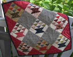 305 best Doll quilts/ poppen quiltjes images on Pinterest ... & Doll Quilt Pattern Little Baskets by OhKathleen on Etsy Adamdwight.com