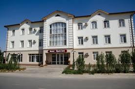 Как привлечь туриста на Аральское море central asia analytical  Идею построить частную гостиницу в национальном каракалпакском стиле подсказала туристка из Швейцарии В начале 2000 х годов в Нукусе было только 3 4 старые