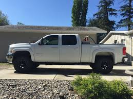 Chad Wattie's 2010 Chevrolet Silverado 2500HD