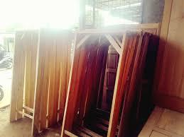 Inilah contoh model pintu gerbang minimalis yang cocok untuk rumah dengan teras minimalis. Panglong Kayu Bambu Tepas Home Facebook