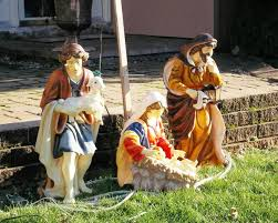 image of outdoor wooden nativity sets 1