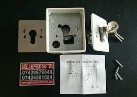 roller shutter key switch with three keys �14 99 picclick uk Universal Key Switch Wiring Diagram 6 of 8 roller shutter key switch with three keys