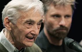 how to write papers about howard zinn essays this experience living in horrific conditions influenced his future work the problem is that he needed to an african american who was willing to