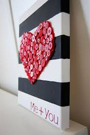diy gift ideas for your friends on heart use some ons and a striped board to make this beautiful artwork