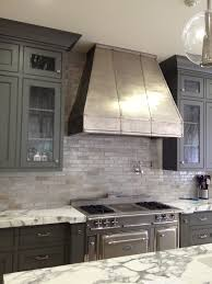 Simple Dishes Display Kitchen Backsplash Black cabinets