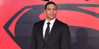Learn how ray fisher trained and the workout and diet he used to prepare to become cyborg. Dc Star Ray Fisher Reacts To Being Dropped From Flash Movie