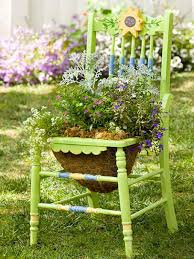 Do not limit yourself to just one color  try combinations. Below are some  pictures for inspiration. upcycled chair planter
