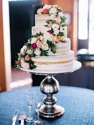 25 Gorgeous Wedding Cakes Ideas With Fresh Flowers