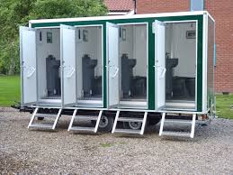 Best Images About Portable Toilets On Pinterest - Luxury portable bathrooms
