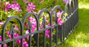 decorative mini fence in uncategorised