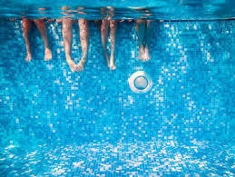 Ozone in pool water purification