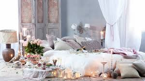 Romantic Bedroom Ideas with Color Choices and Furniture Designs