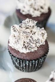 hershey cookies and cream cupcakes. Delighful Cupcakes Chocolate Cupcakes With Cookies And Cream Frosting  Soft Fluffy Cupcakes  Frosting Youu0027 To Hershey And E