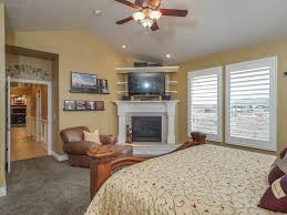 Full Size of Bedroom: Traditional Master Bedroom With Fireplace And  Cathedral Ceiling I G Isxvifsxnleb0k0000000000 Xgue6 ...