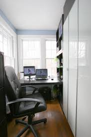 cool office organizing ideas bathroom creative a small design with minimalist modern furniture wooden computer desk and black leather interior design for small office m66 office