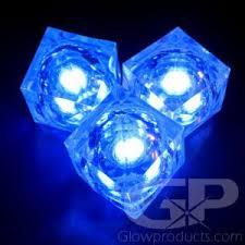<b>Light Up LED</b> Ice <b>Cubes</b> - Glowing Drink <b>Cubes</b> | Glowproducts.com