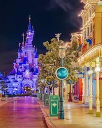 Gorgeous shot of Main Street after a rainstorm! #disney #disneyparks  #disneyland #disneyworld | Disney paris, Disney world magic kingdom, Disney  photography