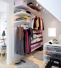 small dressing rooms ideas31