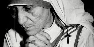 illustrate how mother teresa demonstrate her kindness about mother teresa