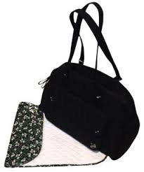 Vera Bradley Baby & Diaper Bags - Up to 70% off at Tradesy & Vera Bradley Quilted Microfiber Floral Like New Shoulder Black Diaper Bag Adamdwight.com