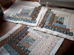 AUNTIE'S QUAINT QUILTS: Quilt-as-you-go Log Cabin & I am using shirtings for the light logs . Adamdwight.com