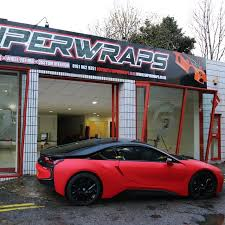 bmw i8 black and red. first bmw i8 to be wrapped in the uk matte red carbon roof and gloss black wheels bmw