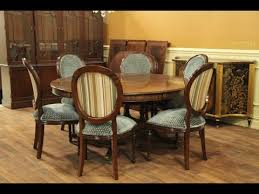 round dining table set for 6