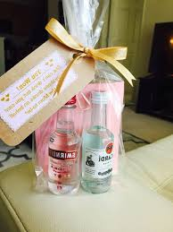 bridal shower gift ideas bridal shower game gifts for guests 3 diy baby shower game favors