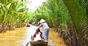 <b>Mekong Delta</b> Small Group W/ Vinh Trang Pagoda & Rowing Boat ...