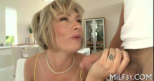 Short hair honey gets her clit flicked and pussy spoon fucked on.