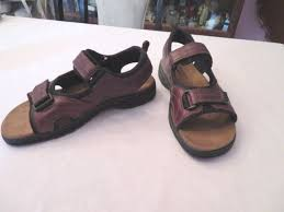 khombu classic collection leather sandals two straps nwt size 11 m