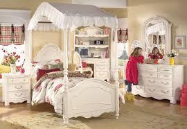 Modern Oak Bedroom Furniture Modern Oak Bedroom Furniture Uk Bedroom