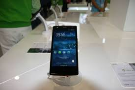 Hands-On: Acer Liquid E3 Does Not Stand ...