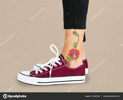 цветок татуировки на лодыжке стоковое фото Rawpixel 139547408