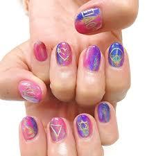 進化系ミラーネイル虹色の輝きがユメかわいいユニコーンネイルを
