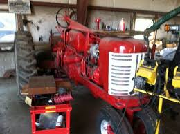 newbie need some help mytractorforum com the friendliest thats the wiring diagram i found now heres the alternator starter ignition distrubtor