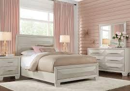 Sofia Vergara Cambrian Court White 5 Pc Queen Panel Bedroom - Queen ...