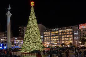 Sf Union Square Tree Lighting San Francisco Christmas Trees And Holiday Lights