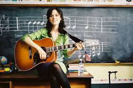 i think you re pretty without any makeup on posted by the phil on august 17 2016 sorry guys this post isn t about zooey deschanel it s about my dream