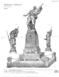 COMMEMORATION AU MONUMENT AUX MORTS