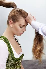Wiesn Frisuren Geflochtener Dutt Chignon Und Co Frauenzimmer De