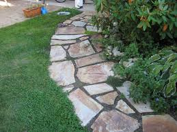 Back to: Flagstone Walkway in Wonderful Colors