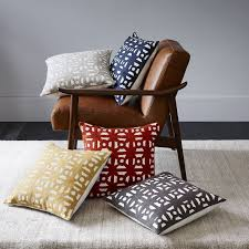 who makes west elm furniture. west elm makes it simple to decorate with pillows u2014 use the same fabrication in different who furniture r