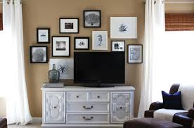Decorating Around Your Tv How To Decorate Around A Flat Screen