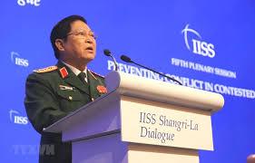 Résultats de recherche d'images pour «Bộ Trưởng Quốc Phòng Việt Cộng Ngô Xuân Lịch:»